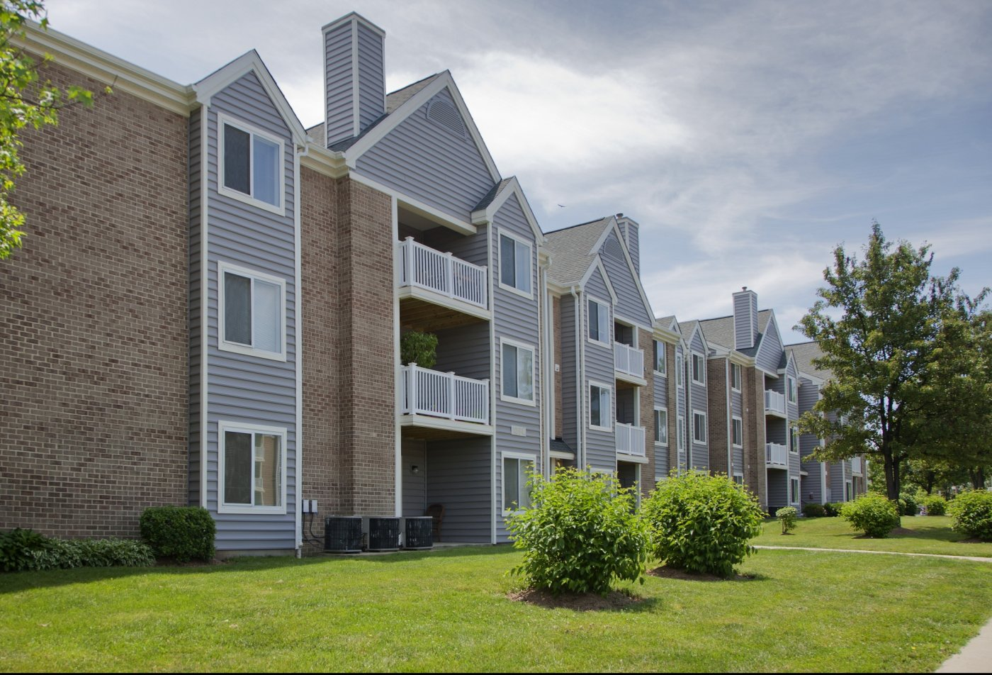 3 Bedroom Apartments In Woodbridge Va Springwoods At Lake Ridge Apartment Homes Apartments For